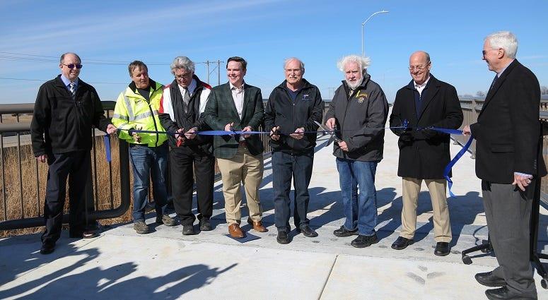 County dedicates new bridge