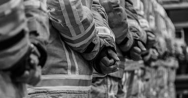 Firefighter killed in Missouri house fire