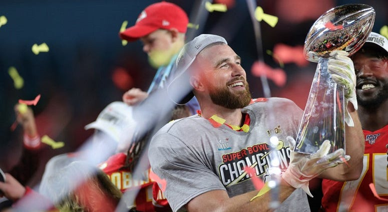 AP source: Chiefs, Kelce agree to 4-year, $57.25M extension