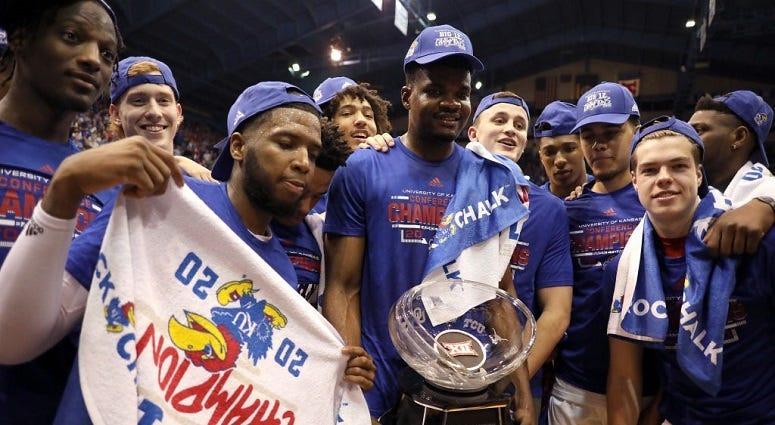 Kansas finishes No. 1 in final AP poll; Gonzaga, Dayton next