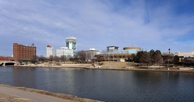 Another cold start, but temperatures are warming up for Wichita