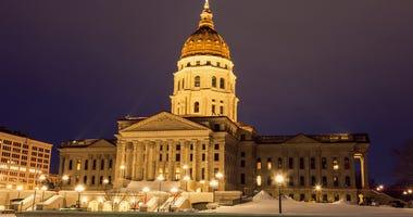 Kansas lawmakers OK coronavirus responses, work on spending