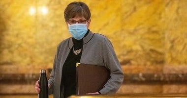 Governor Kelly signs bipartisan Coronavirus response bill