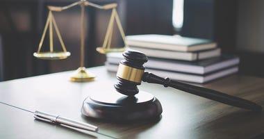 Kansas judge admits cursing, says he didn't mistreat staff