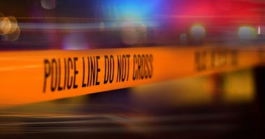 Salina police officer shot in foot while chasing suspects