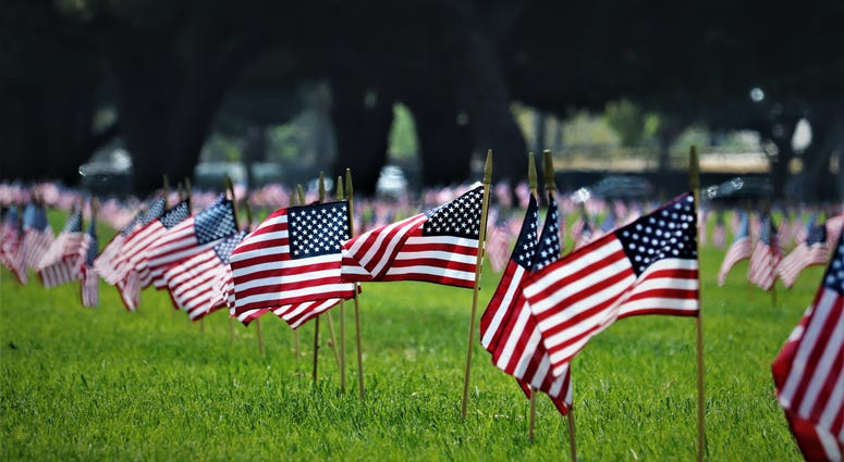 Memorial Day ceremony at Los Angeles cemetery