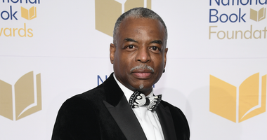 LeVar Burton of 'Reading Rainbow' Wants to Livestream Readings for Families at Home