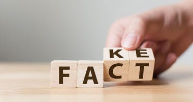 Illustration of the words FAKE and FACT