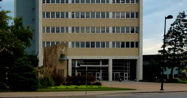 Picture of the south side of the Sedgwick County Courthouse in downtown Wichita, Kansas