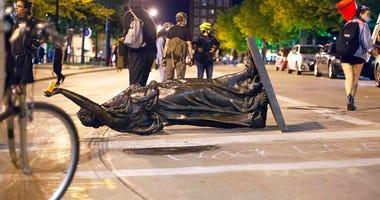 Wisconsin statues (AP)