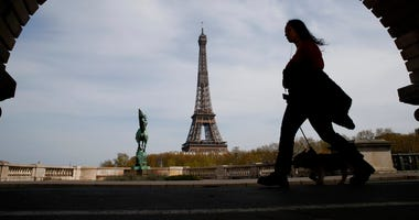 Paris (AP)