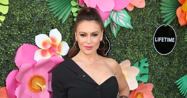 Alyssa Milano Says Coronavirus Is Making Her Lose Her Hair: 'Please Take This Seriously'