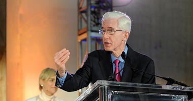 KNX Exclusive: Former CA Gov. Gray Davis on School Shootings, Gun Control