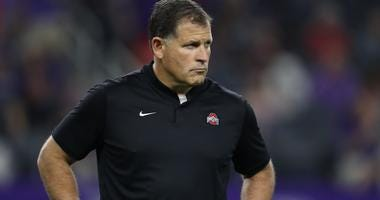 Greg Schiano on the sideline for Ohio State in 2018