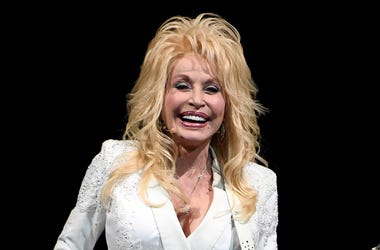 Nov 27, 2016; Sunrise, FL, USA; Dolly Parton performs at the BB&T Center. Mandatory Credit: Ron Elkman/USA TODAY NETWORK