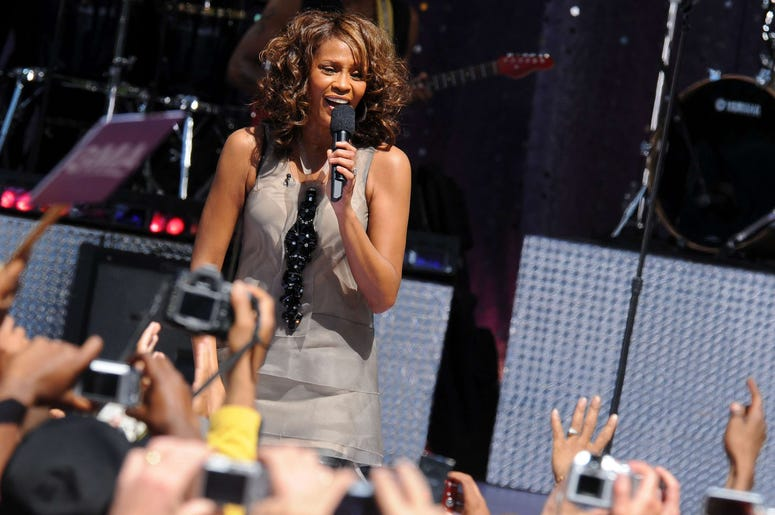 "1 September 2009 - New York , NY - Whitney Houston performs on ABC's ""Good Morning America"" held at Rumsey Playfield, Central Park. Photo Credit: Brian Zak/Sipa Press /whitney_bz.008/0909020620"