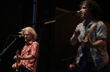 Sept 25, 2016; Franklin, TN USA; Daryl Hall (left) and John Oates play in the final show at The Pilgrimage Music & Cultural Festival at the Park at Harlinsdale. Mandatory Credit: Ron Elkman/USA TODAY NETWORK
