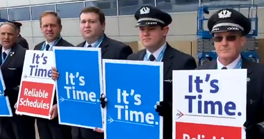 American Airlines pilots Protest At DFW Airport