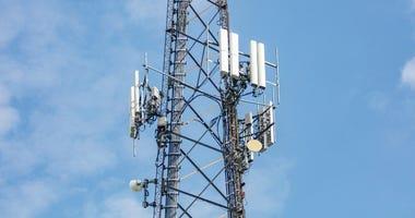 Communication station, Antenna tower