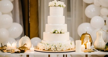 Wedding, Wedding Reception, Wedding Cake