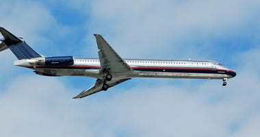 Silver McDonnell Douglas DC-9 (MD-80) airplane
