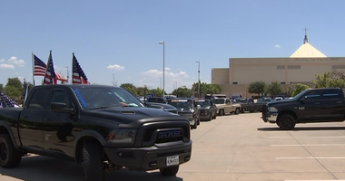 Dallas Pastor, Back The Blue Group At Odds Over Parking Lot Use