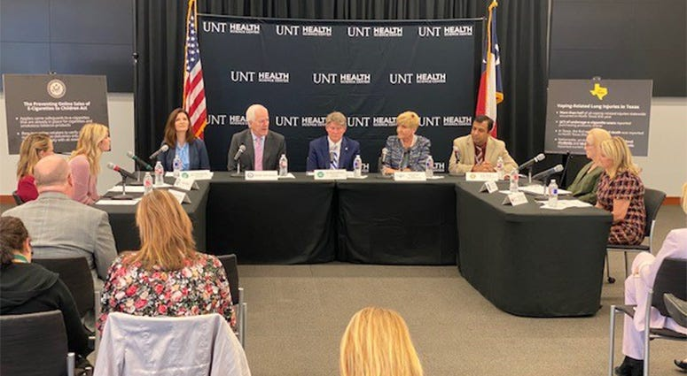 en. Cornyn Holds Roundtable On Vaping Legislation In Fort Worth