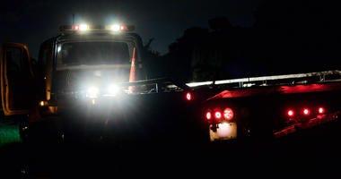 Towe Truck, flat bed wrecker