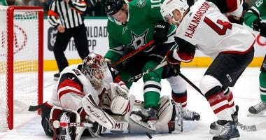 Arizona Coyotes vs Dallas Stars