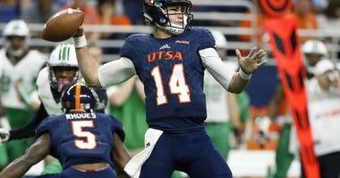 San Antonio Roadrunners quarterback Dalton Sturm