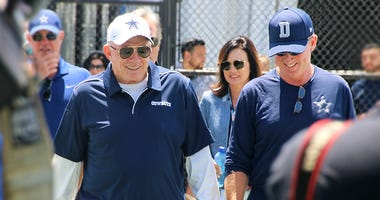 Dallas Cowboys owner Jerry Jones, head coach Jason Garrett