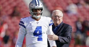 Dak Prescott, Jerry Jones