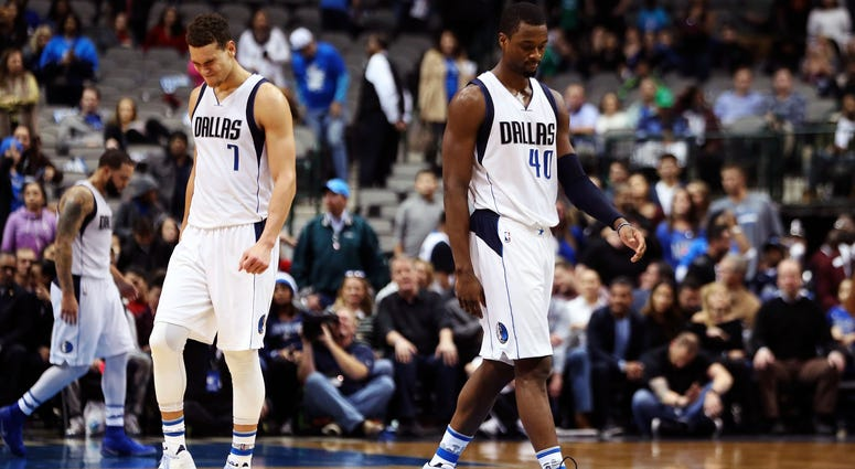Harrison Barnes and Dwight Powell