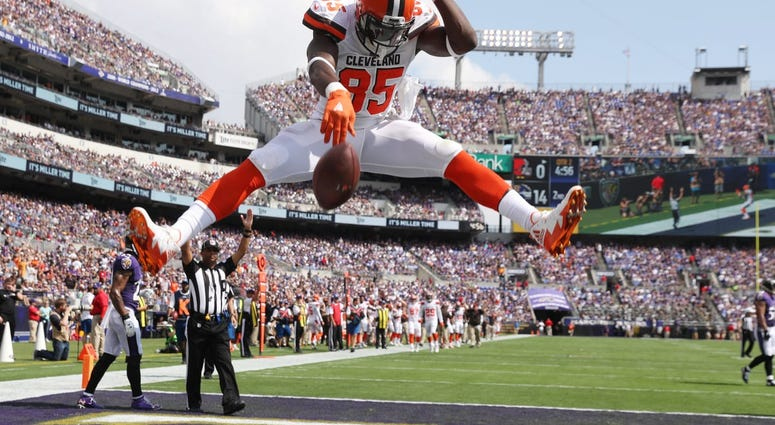 Report: Tight End David Njoku Wants Out of Cleveland, Requests Trade