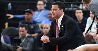 Arizona Wild Cats head coach Sean Miller