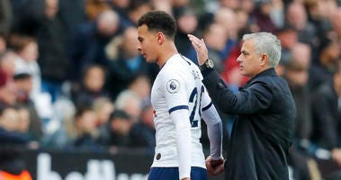 Tottenham's manager Jose Mourinho calls out to his players during the English Premier League soccer match between West Ham and Tottenham, at London stadium, in London, Saturday, Nov. 23, 2019