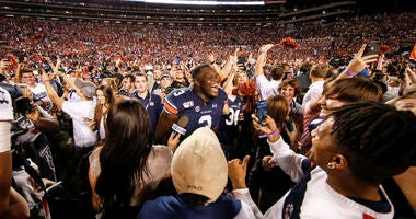 No. 16 Auburn Upends No. 5 Alabama's Playoff Hopes, 48-45