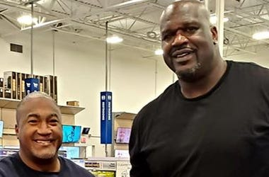 Great News: Shaquile O'Neal Buys a Family a Computer