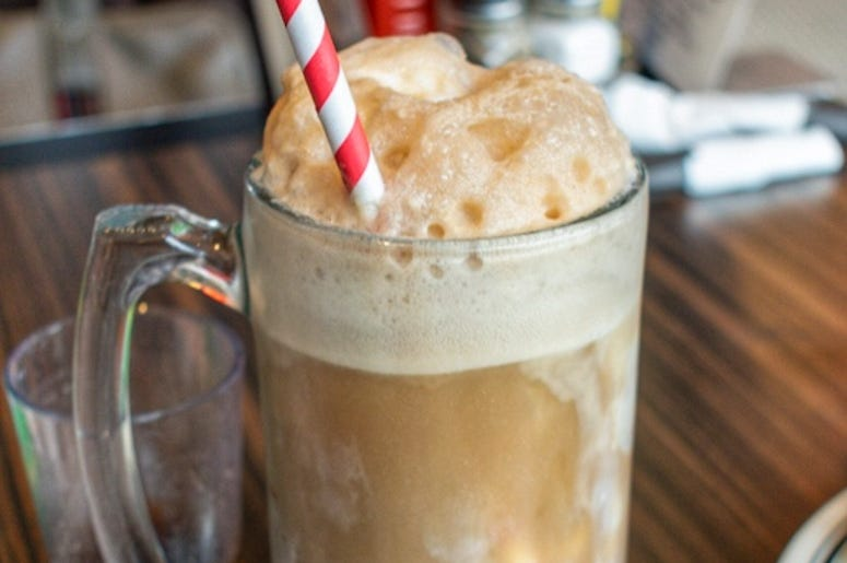 LAeats root beer float