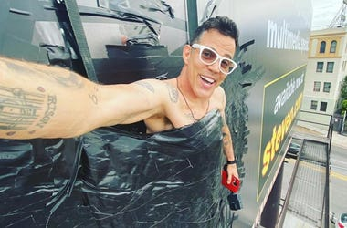 Steve-O on his Gnarly billboard