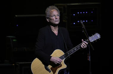 Original Fleetwood Mac Member Lindsey Buckingham Suffers Vocal Chord Damage During Heart Surgery