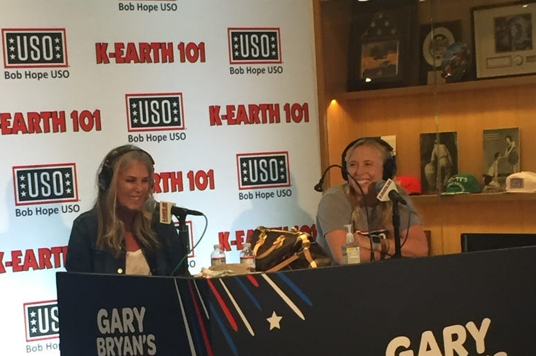 Lisa and Allison Anderson (Bob Hope USO Program Manager)