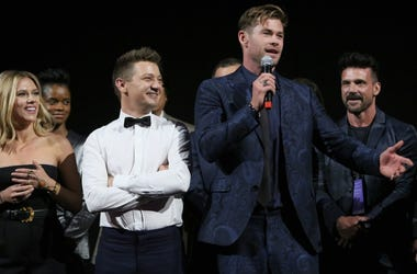 Scarlett Johansson, Jeremy Renner, and Chris Hemsworth from Avengers: Endgame