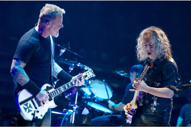 James Hetfield and Kirk Hammet of Metallica
