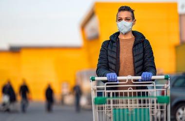 Customer wearing mask while shopping