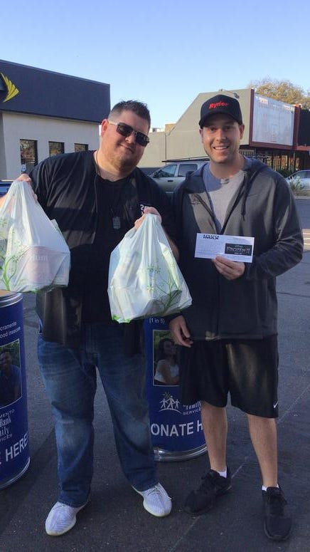 KSFM's Second Annual Thanksgiving Food Drive