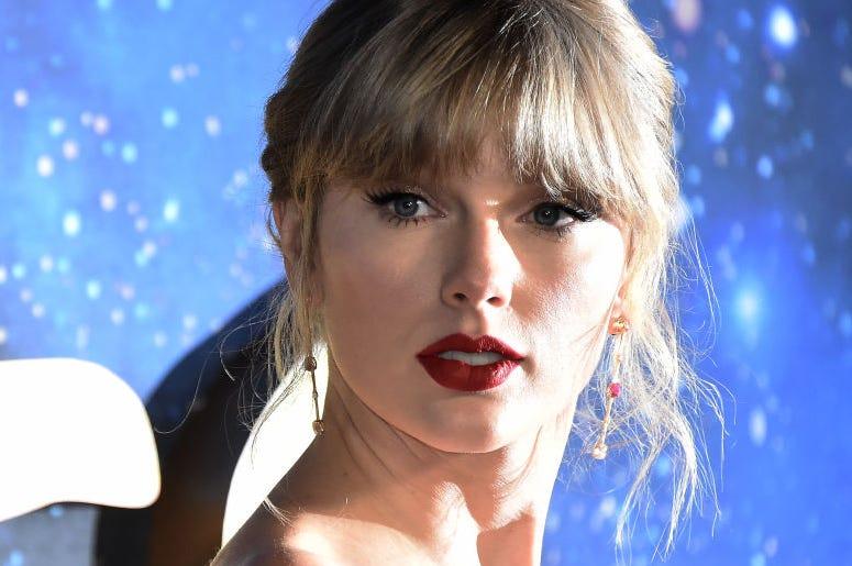 Taylor Swift Break in