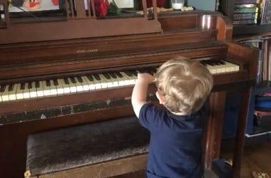 walt piano