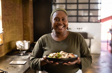 Black restaurateur shows off her cuisine