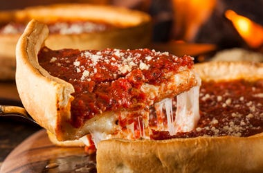 Deep_Dish_Pizza